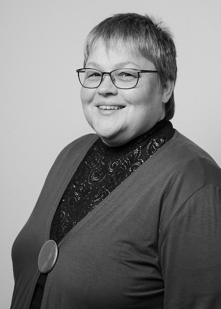 Dr. ANGELA BISCHOFF